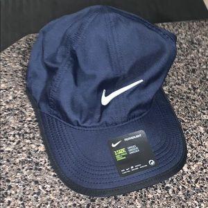 Nike hat 1 size navy